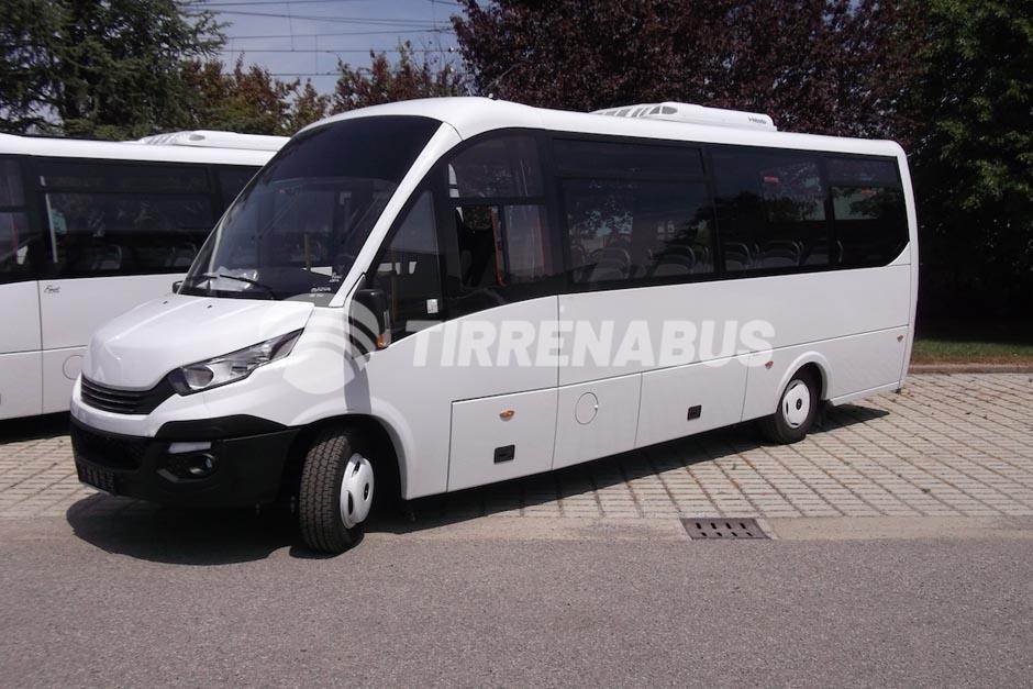 """Risultato immagini per Iveco Daily 70C18 bus"""""""